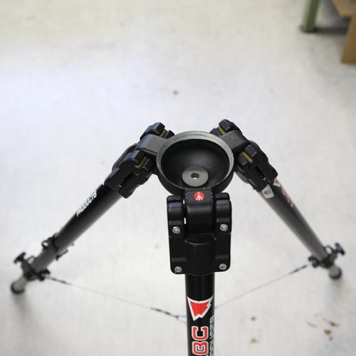 movietech-stativ-standard-ohne-spinne-kugelschale-gebraucht